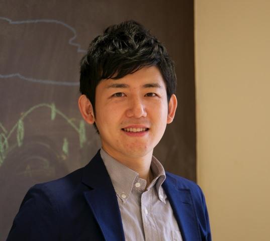 松田先生顔写真