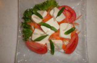 豆腐と寒天のサラダ